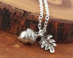 Oak leaf pendant | Etsy