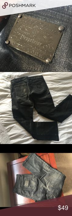 """RL Black Gunmetal Shimmery Crop Jeans Ralph Lauren Black Label. Shimmery """"gunmetal"""" fabric. Received from a sample sale (my auntie was in the industry). Excellent condition, worn once. Inseam 28.5 inches. Leg opening 7 inches across when laying flat. Ralph Lauren Black Label Jeans Ankle & Cropped"""