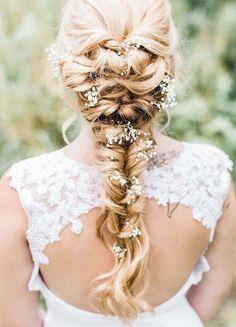 Beautiful braid wedding hairstyle idea #weddinghair #hairstyle #updo #messyupdo #hairupdoideas #hairideas #softupdo #bridalhair #messyupdohair #weddinghairstyles #hairstyles #hairsideas