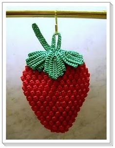 DIY by AngieGurumi Amigurumi: Strawberry Scrubber Crochet Free ñ_ñ Crochet Strawberry, Crochet Fruit, Crochet Food, Crochet Kitchen, Crochet Chart, Crochet Motif, Crochet Flowers, Crochet Patterns, Crochet Doilies