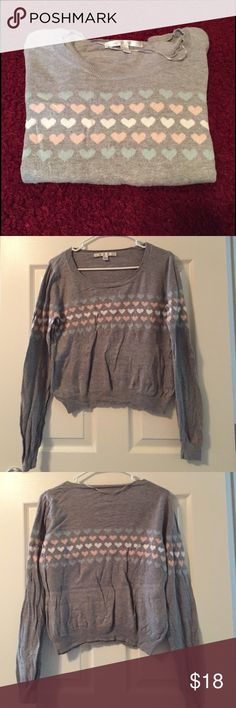Lauren Conrad heart Sweater Super cute Lauren Conrad Heart Sweater, beautiful colors. Gently used in great condition just some wrinkles as shown from being stored. Fits a S as well. LC Lauren Conrad Sweaters