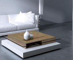 Moderna mesa de centro con cristal y madera