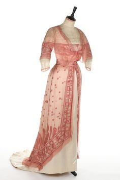 Evening Dress, 1910, Italian, Made of chiffon, satin, and lace