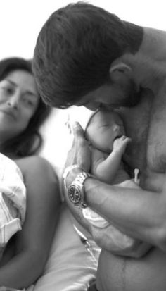 Gold medalist Michael Phelps welcomes a son ...