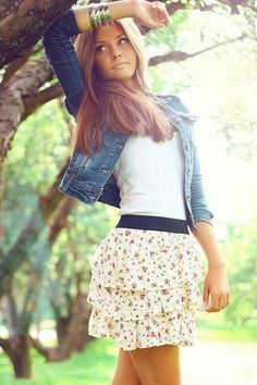 Pretty chiffon floral skirt, white top and denim jacket can be a good choice for dating or simply going out.