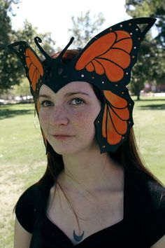 Great for Halloween Monarch Butterfly Crown - Handmade Leather Crown by OakMyth Butterfly Halloween Costume, Bird Costume, Halloween Fun, Butterfly Fashion, Butterfly Dress, Monarch Butterfly, Greece Costume, Book Character Day, Fairy Tale Costumes