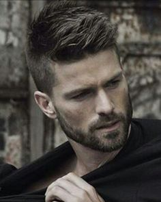 Short stubble – When can you carry this off? Why do you need the short stubble and how is it managed? Especially for men who wish to grow a thick beard and/or have patchy growth! Boy Hairstyles, Hairstyle Ideas, Latest Hairstyles, Popular Hairstyles, Model Hairstyles, Unique Hairstyles, Mens Thick Hairstyles, Men Hairstyle Thick Hair, Mens Hairstyles 2018 Short