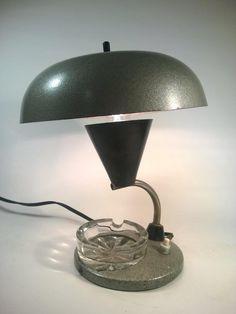 Lampka z podświetlaną popielniczką lata 50/60