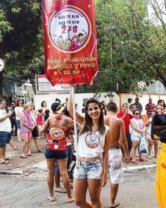 Bloco Não tô bem Não tô bem 279 promove roda de samba na Lapa