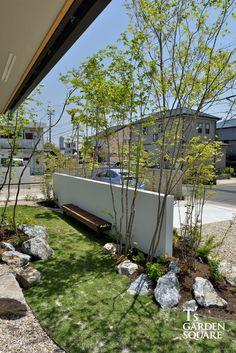気良石沓脱石 Asian Landscape, Landscape Walls, Landscape Lighting, Landscape Architecture, Landscape Design, Courtyard Landscaping, Modern Landscaping, Japanese Garden Style, North Garden