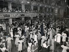 Nostalgic black and white photographs show couples waltzing around the Blackpool Tower Ballroom in its heyday Dance Photography, Couple Photography, Blackpool England, British Seaside, Seaside Resort, Ballroom Dancing, Ballrooms, Photo Black, Strike A Pose
