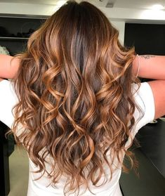 19 Best Red and Blonde Hair Color Ideas of 2019 - Style My Hairs Brown Hair Shades, Brown Blonde Hair, Brunette Hair, Grunge Hair, Ombre Hair Color, Hair Highlights, Hair Dos, Gorgeous Hair, Balayage Hair