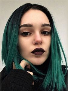 Green Hair Color Ideas You Have To See Short straight hairstyle with dark green ombre dye by b.fpShort straight hairstyle with dark green ombre dye by b. Short Straight Hair, Straight Hairstyles, Cool Hairstyles, Hairstyle Ideas, Brown Hairstyles, Gothic Hairstyles, Scene Hairstyles, Office Hairstyles, Female Hairstyles