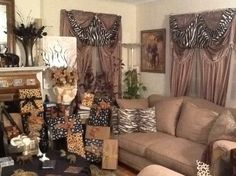1000 images about safari living room on pinterest for Jungle living room ideas