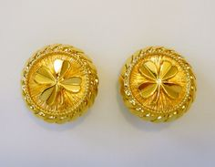 Authentic CHANEL Clover Clip on Gold Tone by RockArtemisVintage