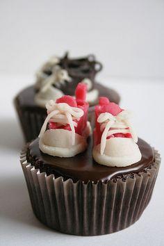 Converse cupcakes so cute