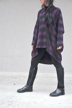 Дамско палто в черно и лилаво Kotyto | Онлайн маркови дамски дрехи, мъжки дрехи и дамски обувки. Online магазин за маркови рокли, блузи, ризи.