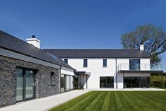 Contemporary Eco Homes — Paul McAlister Architects Modern Bungalow Exterior, Stone Exterior Houses, Stone Houses, House Exteriors, Modern Barn House, Modern House Design, Modern Houses, House Designs Ireland, House Construction Plan