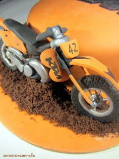 KTM Cake.  Would love to make this.
