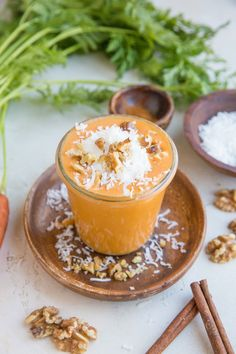 Low-Carb Carrot Cake Smoothie - a creamy, nutrient-packed healthy smoothie recipe that is low in sugar for a great breakfast or snack. #vegan #smoothie #breakfast #greensmoothie #carrotcake