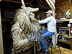 DISTANT HOPE MONUMENT by Mark James www.MarkJamesArt.com Facebook: Mark James Studio, LLC Art Sculpture, Bronze Sculpture, Cigar Store Indian, Native American Decor, Cowboy Art, Native Art, Oeuvre D'art, Rock Art, Woodwork