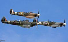 Supermarine Spitfire | Spitfire triple threat!