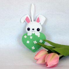 Lapin kawaii, decoration de printemps, decoration de porte, lapin en feutrine
