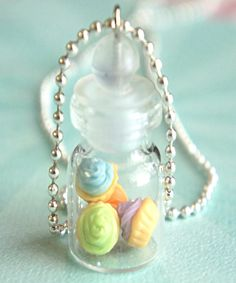 cupcakes in a jar necklace - Jillicious charms and accessories - 3