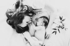 Spring newborn photos by Elate Photo | 100 Layer Cakelet