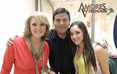 Erika Buenfil protagonista de la telenovela Amores Verdaderos luciendo accesorios Jenny Rabell. Compra accesorios Jenny Rabell en: http://jennyrabelltienda.com