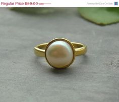 Gold Pearl Ring, Vermeil ring, birthstone ring, Handmade gemstone ring - Size 6 other sizes also available Gold Pearl Ring, Gold Rings, Gemstone Rings, Pearl Rings, Cute Rings, Pretty Rings, The Bling Ring, June Birth Stone, Handmade Rings
