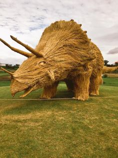 Giant Dinosaur Sculptures Made of Recycled Rice Straw Pop Up in Japan - My Modern Met