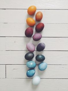 naturally dyed easter eggs | kirsten rickert