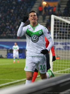Welcome to your #1 source and ultimate fansite on Tumblr for anything related to Julian Draxler.