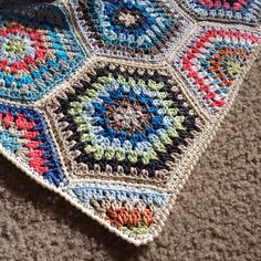 Pattern BabyLove Brand Painted Hexagons Blanket Crochet