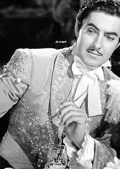 "Tyrone Power - ""The Mark of Zorro"" - Costume designer : Travis Banton Hollywood Men, Hollywood Fashion, Golden Age Of Hollywood, Vintage Hollywood, Classic Hollywood, Hollywood Photo, Hollywood Style, Tyrone Power, Power Star"