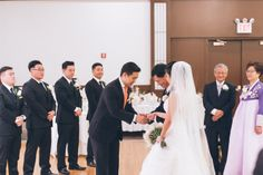 Wedding ceremony at Dae Dong Manor in Flushing, NY. Captured by NYC wedding photographer Ben Lau.