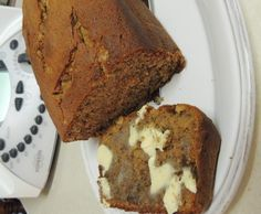 Recipe Banana Bread Cafe Style by learn to make this recipe easily in your kitchen machine and discover other Thermomix recipes in Baking - sweet. Bake Off Recipes, Baking Recipes, Dessert Recipes, Cafe Recipes, Thermomix Bread, Thermomix Desserts, Sweets Cake, Cupcake Cakes, Banana Walnut Cake
