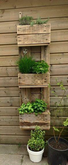 idée simple pour une jardinière palette, comment réutiliser une palette en bois