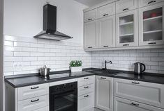 Картинки по запросу угловая кухня массив