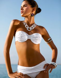 Bikini in the colors white, black - in the MADELEINE online collection