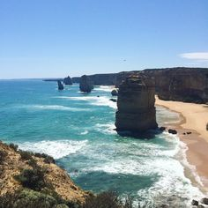 It was only a few days ago but it was sunny hot and I had the best company and vista around me. #throwback  @nataliesest @michaelganavas @evelynkourambas @_ralbicini #twelveapostles #greatoceanroad #greatoceanroad #nefs #roadtrip by lo_claire