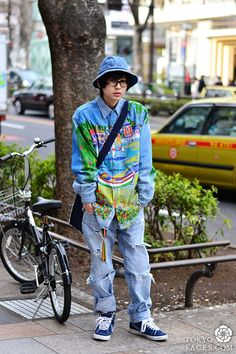 Name: Muyua Shirt: Shonen Junk Pants: Custom Levis Shoes: Nike Hat: No Brand Bag: COMME des GARÇONS