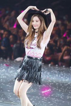 Seohyun SNSD at Phantasia concert Sooyoung, Snsd, Seohyun, Kim Hyoyeon, Kpop Girl Groups, Korean Girl Groups, Kpop Girls, Tiffany, Taeyeon Jessica