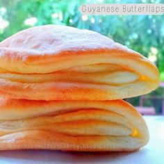 AMBROSIA: Guyanese Butterflaps try this folding technique with parker house rolls Scones, Croissants, Guyana Food, Guyanese Recipes, Guyanese Bread Recipe, Puerto Rico, Donuts, Trinidad Recipes, Vanilla Tea