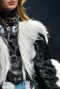 Lanvin Fall 2012 Ready-to-Wear Fashion Show Details