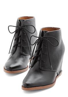 Dolce Vita Strut Ever You Like Bootie with hidden heel//