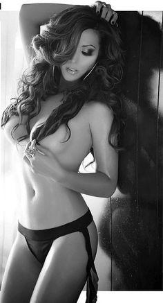 #beautiful #sexy #breasts #brunette  http://www.theeroticwoman.com