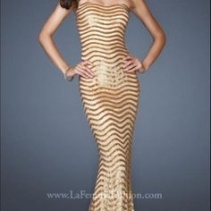 Nwt Gold Sequin Strapless La Femme Holiday Dress