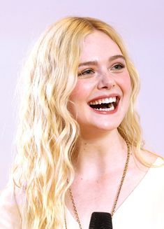 Celebrities - Elle Fanning Photos collection You can visit our site to see other photos. Dakota Fanning, Top Celebrities, Celebs, Fanning Sisters, Dramatic Hair, Ash Blonde Balayage, Blonde Beauty, Woman Crush, Pretty People